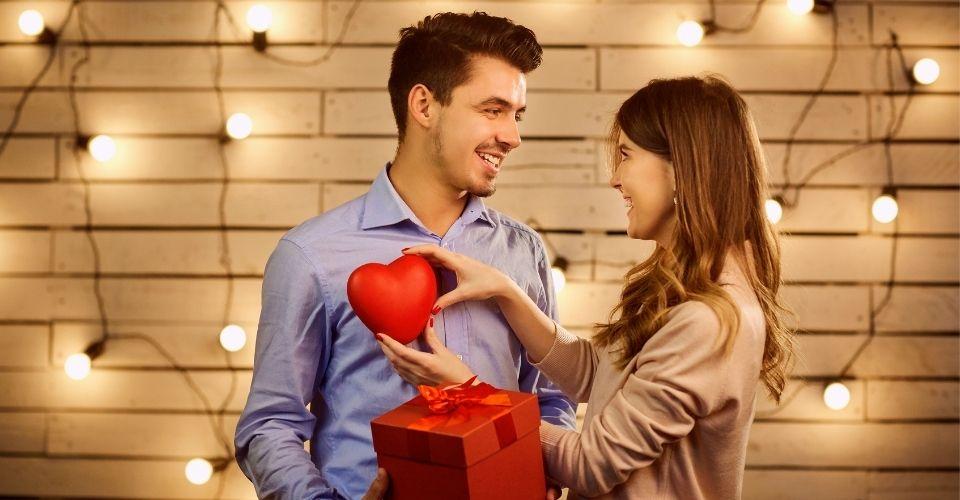 Valentine's Day - holidays 2021