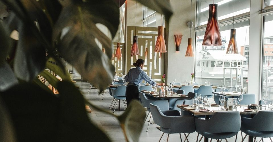 A Complete Guide On How To Start A Restaurant