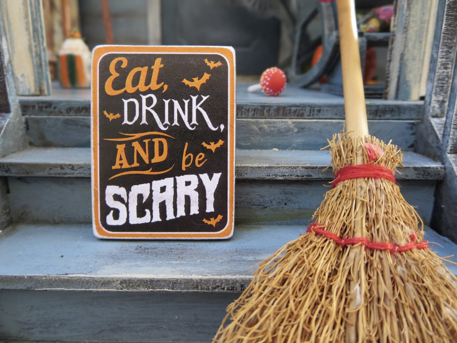 how to attract customers in halloween